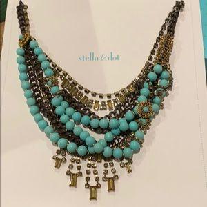Stella & Dot fashion necklace